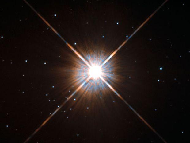 640px-new_shot_of_proxima_centauri_our_nearest_neighbour